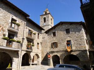 Fira de Sant Llorenç - Mercat de productes alimentaris artesanals del Pirineu, de Bellver de Cerdanya @ Plaça Major de Bellver de Cerdanya