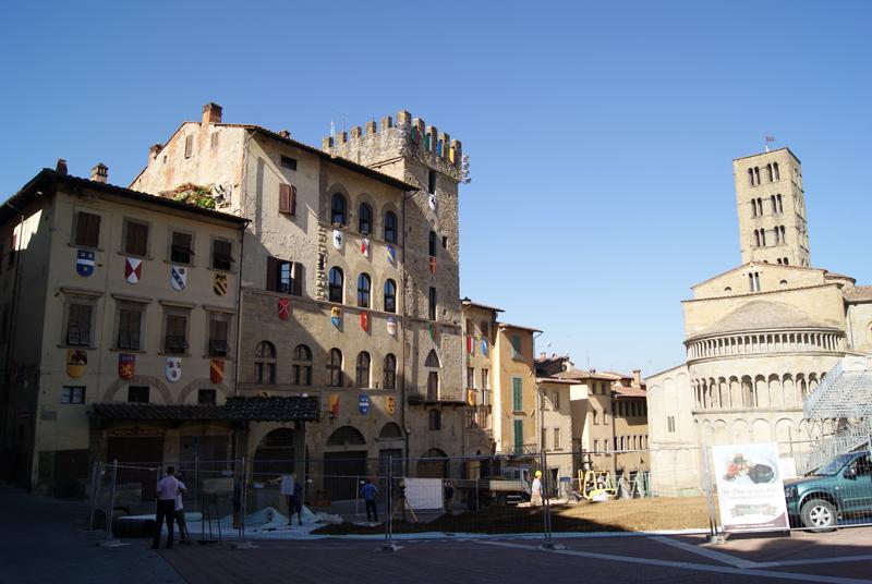 Piazza-Grande-Arezzo